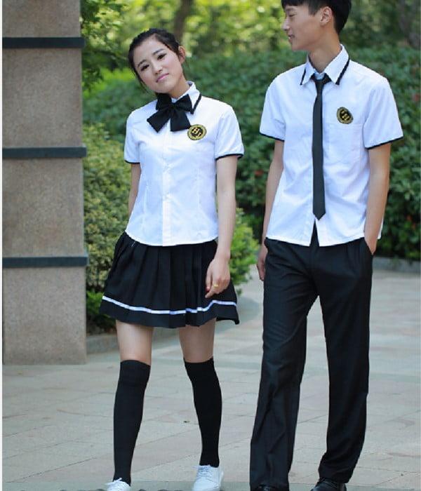 Bộ đồng phục học sinh cấp 3 đang được rất nhiều học sinh và các trường yêu thích