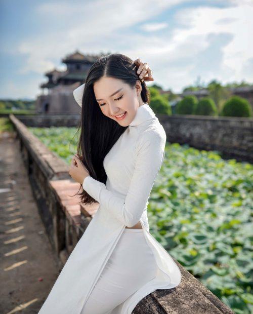 Đồng phục áo dài trắng cho học sinh cấp 3