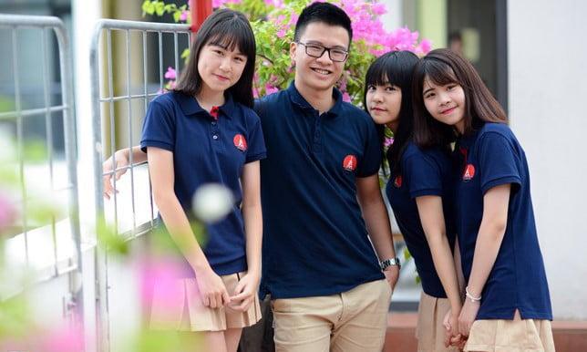 Đồng phục của trường Marie Curie