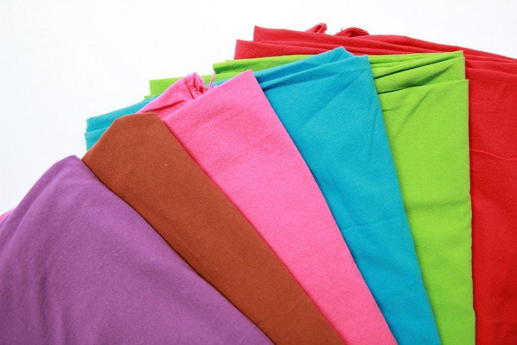 Vải cotton với màu sắc đa dạng