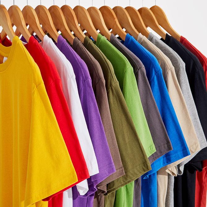 Áo thun trơn đang là mặt hàng được nhiều người lựa chọn kinh doanh