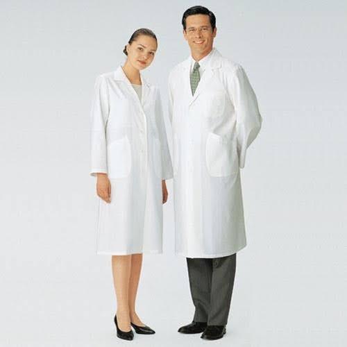 áo blouse trắng cho bác sĩ