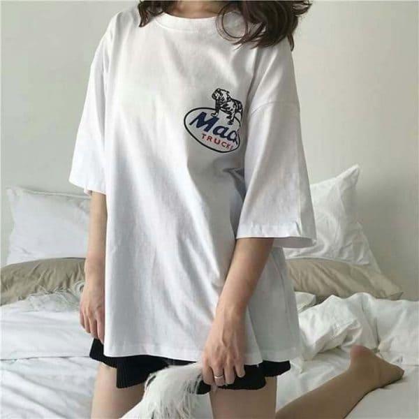 áo thun oversize nữ mặc với quần gì