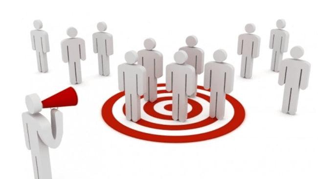 Xác định đối tượng khách hàng sẽ giúp bạn xây dựng chiến lược quảng cáo thích hợp.