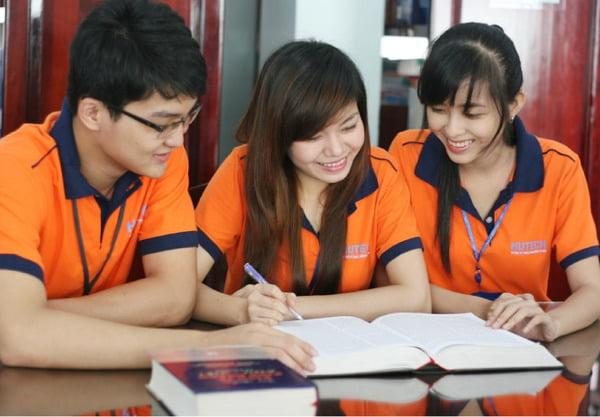 đồng phục các trường đại học tại hcm - Đồng Phục Thiên Phước