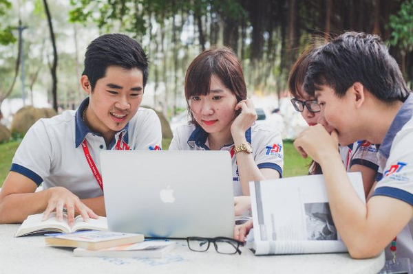 đồng phục các trường đại học tại tp hcm - Đồng Phục Thiên Phước