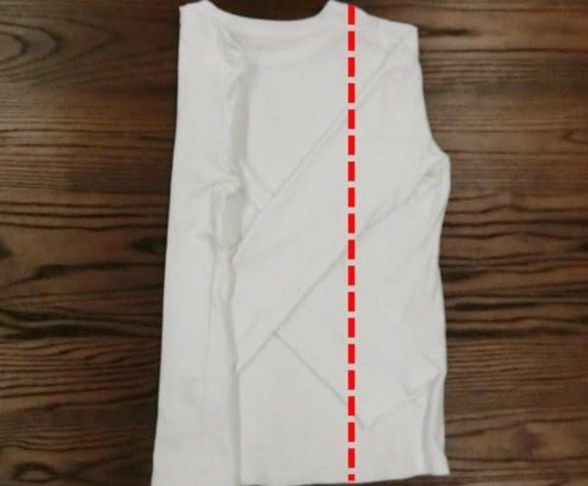 Lặp lại bước 4 với phần áo cánh phải