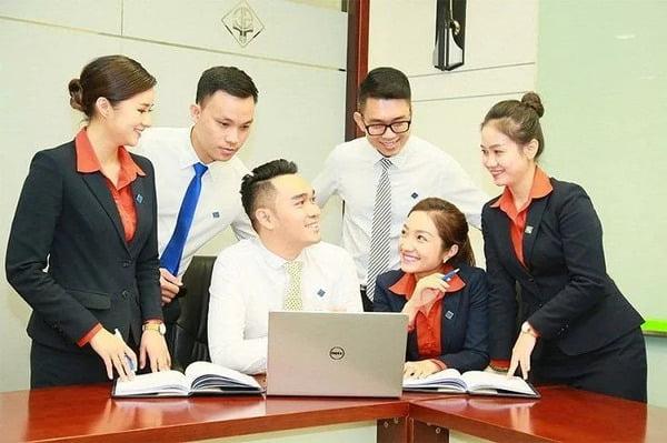 uniforms sacombank - Đồng Phục Thiên Phước