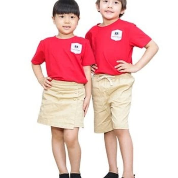 đồng phục mầm non màu đỏ