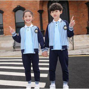 áo đồng phục thể thao học sinh tiểu học phối áo khoác
