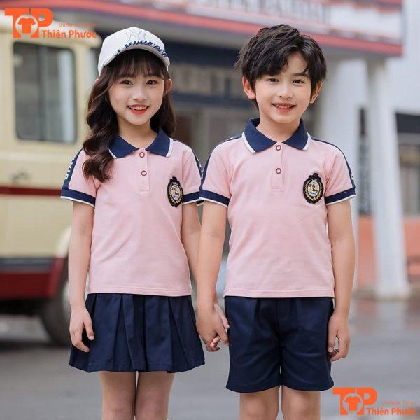 áo đồng phục mầm non màu hồng đáng yêu