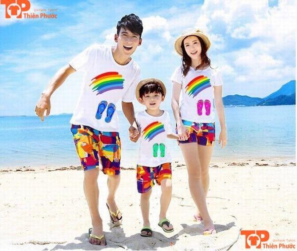 áo gia đình đi biển 3 người đẹp