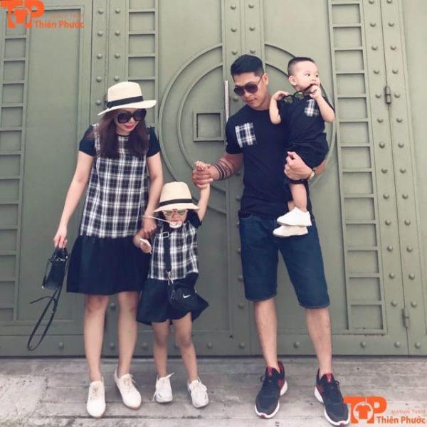 áo gia đình đi chơi cuối tuần đẹp