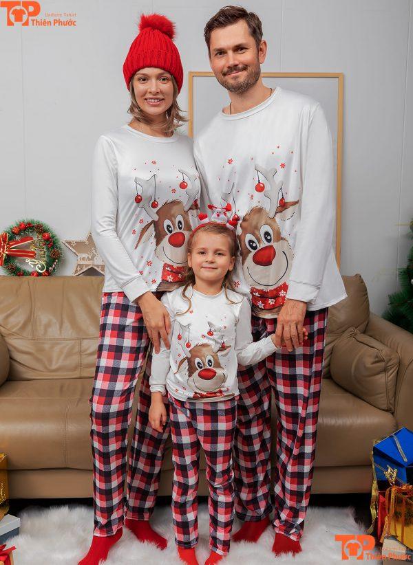 áo gia đình giáng sinh