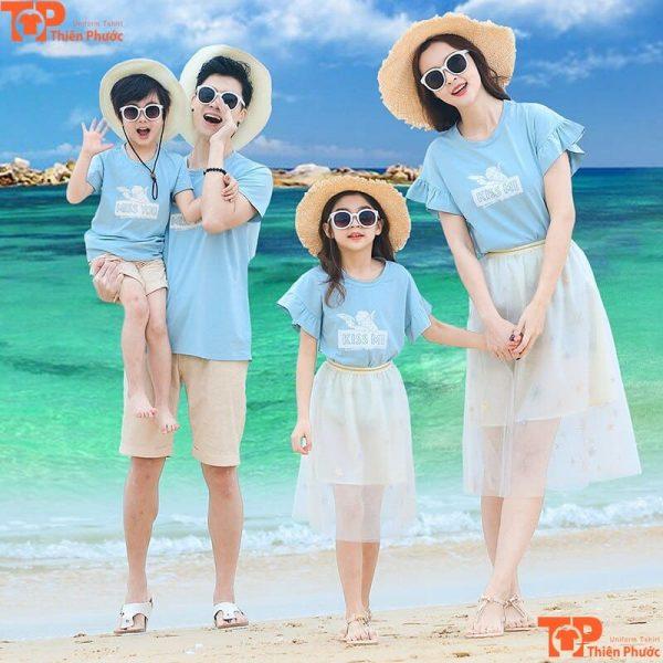 áo gia đình hàn quốc 4 người đi biển