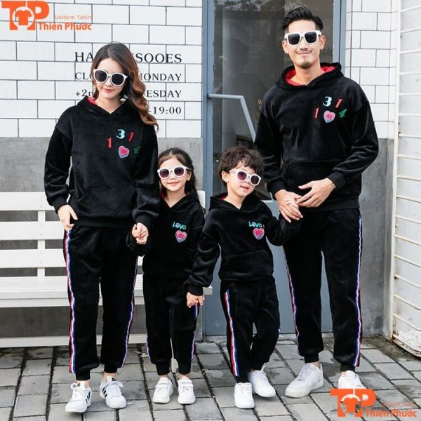 áo khoác gia đình 4 người màu đen