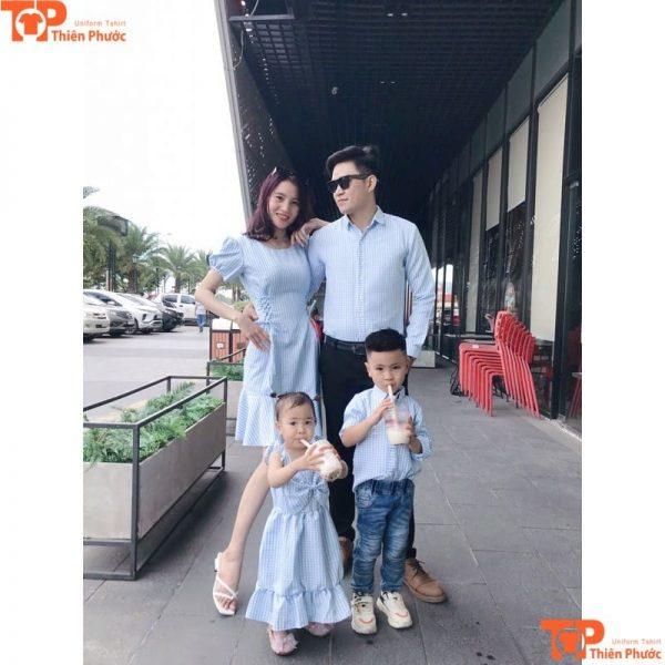 áo sơ mi gia đình thiết kế 4 người