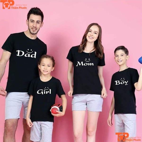 áo thun gia đình 4 người màu đen