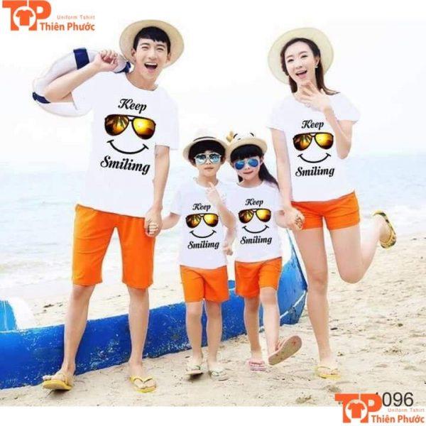 áo thun gia đình đi biển 4 người đẹp