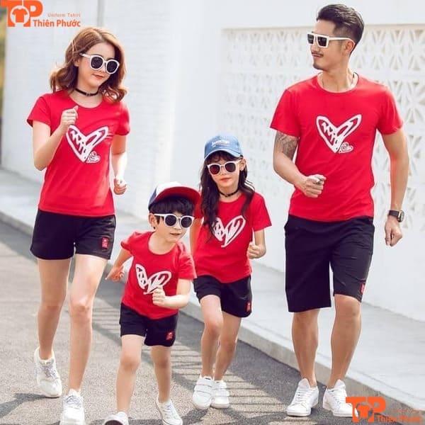 áo thun gia đình đi chơi 4 người màu đỏ