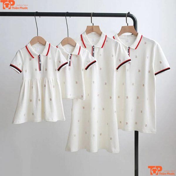 áo váy gia đình 4 người đi chơi
