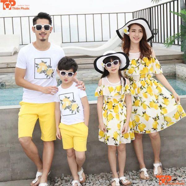 áo váy gia đình 4 người đi du lịch
