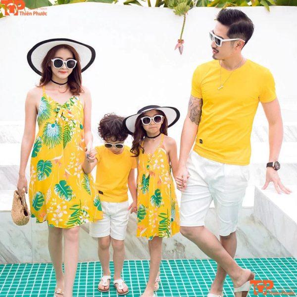 áo váy gia đình 4 người màu vàng