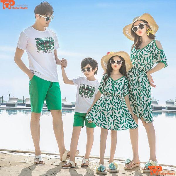 áo váy gia đình đi biển 4 người