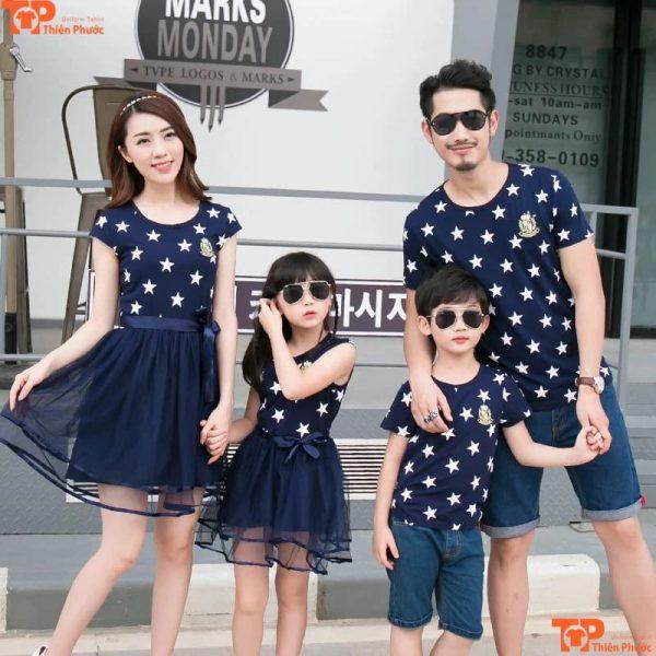 áo váy gia đình đi chơi 4 người