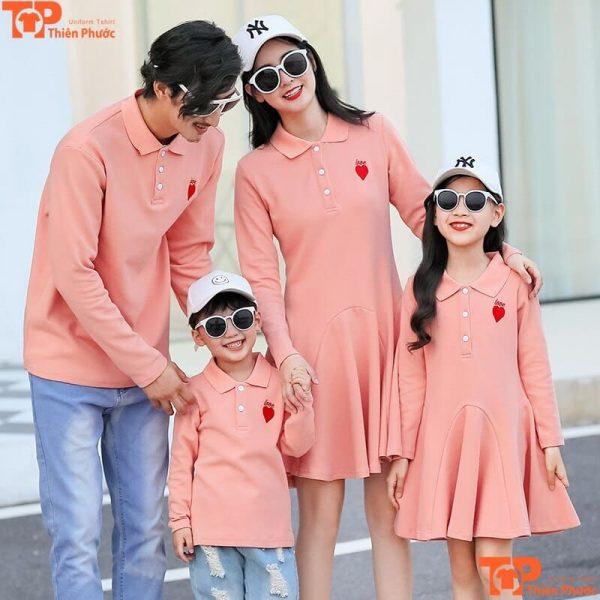 áo váy gia đình hồng pastel đi chơi