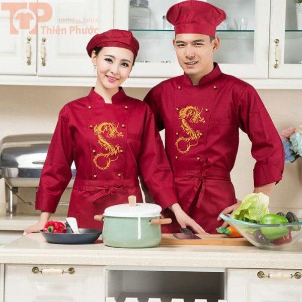 đồng phục bếp mẫu màu đỏ