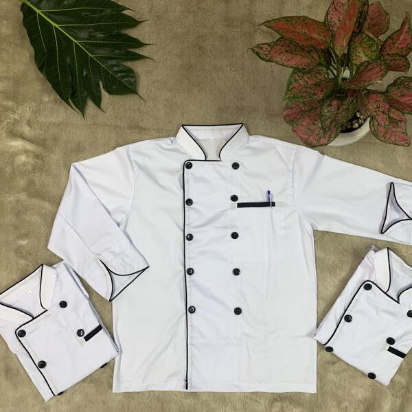 đồng phục bếp màu trắng tay dài