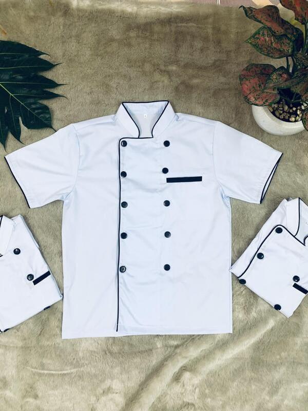 đồng phục bếp màu trắng tay ngắn