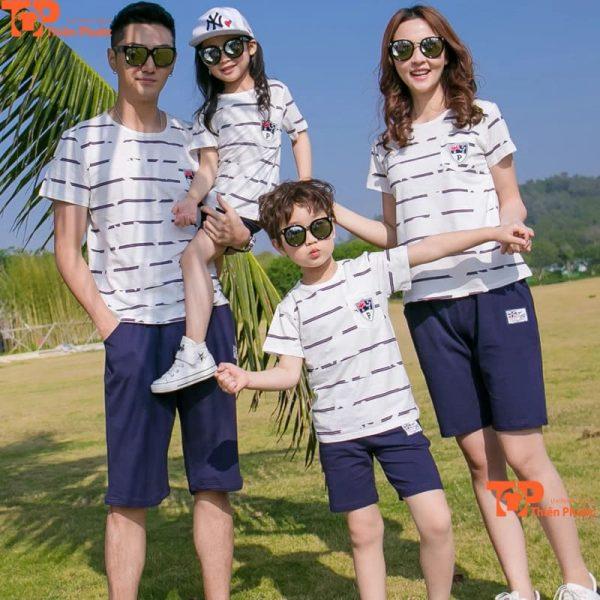 đồng phục gia đình đi du lịch mùa hè