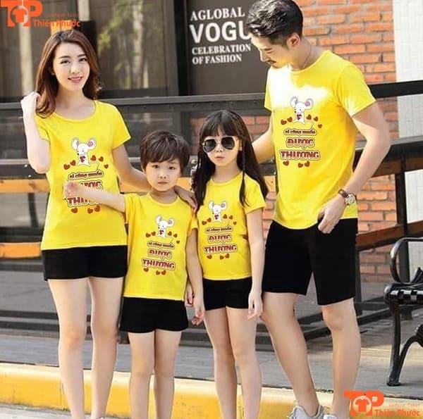 đồng phục gia đình mùa hè màu vàng đi chơi