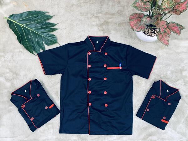 đồng phục nhà bếp màu đen tay ngắn