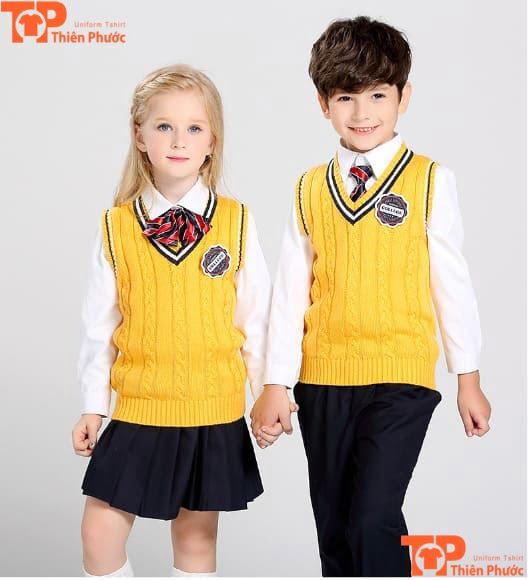 mẫu áo len đồng phục học sinh mầm non