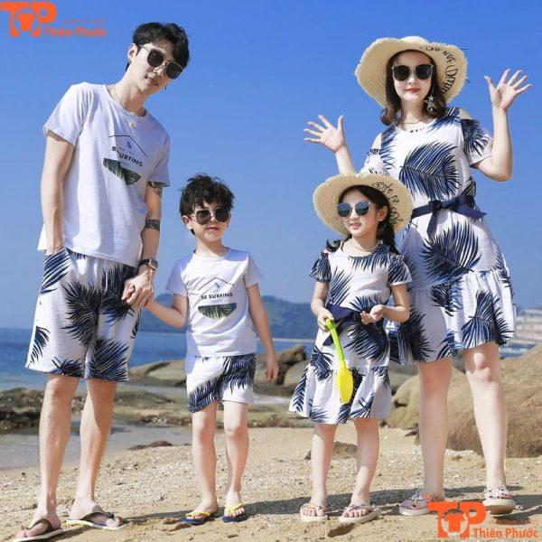 mẫu áo phông gia đình đi biển tay ngắn