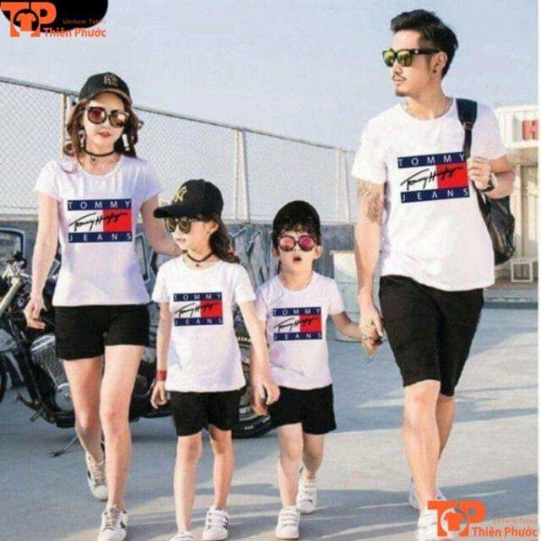 mẫu áo thun gia đình đi chơi 4 người