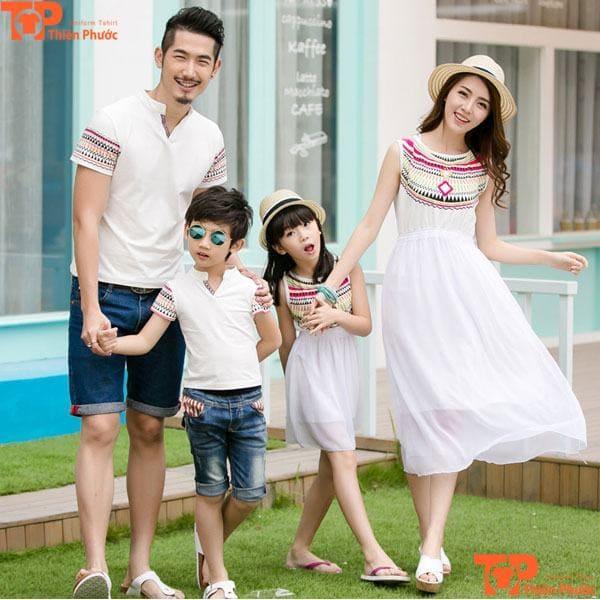 mẫu áo váy đồng phục gia đình màu trắng