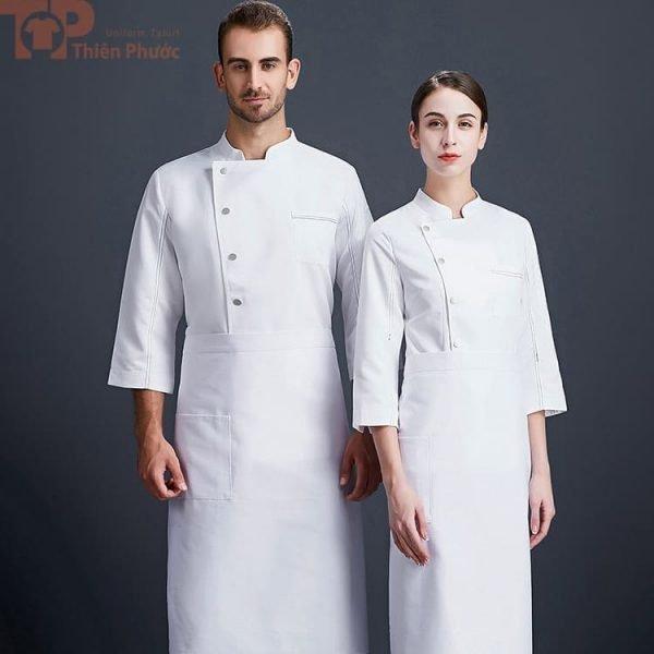 Mẫu đồng phục bếp đơn giản màu trắng