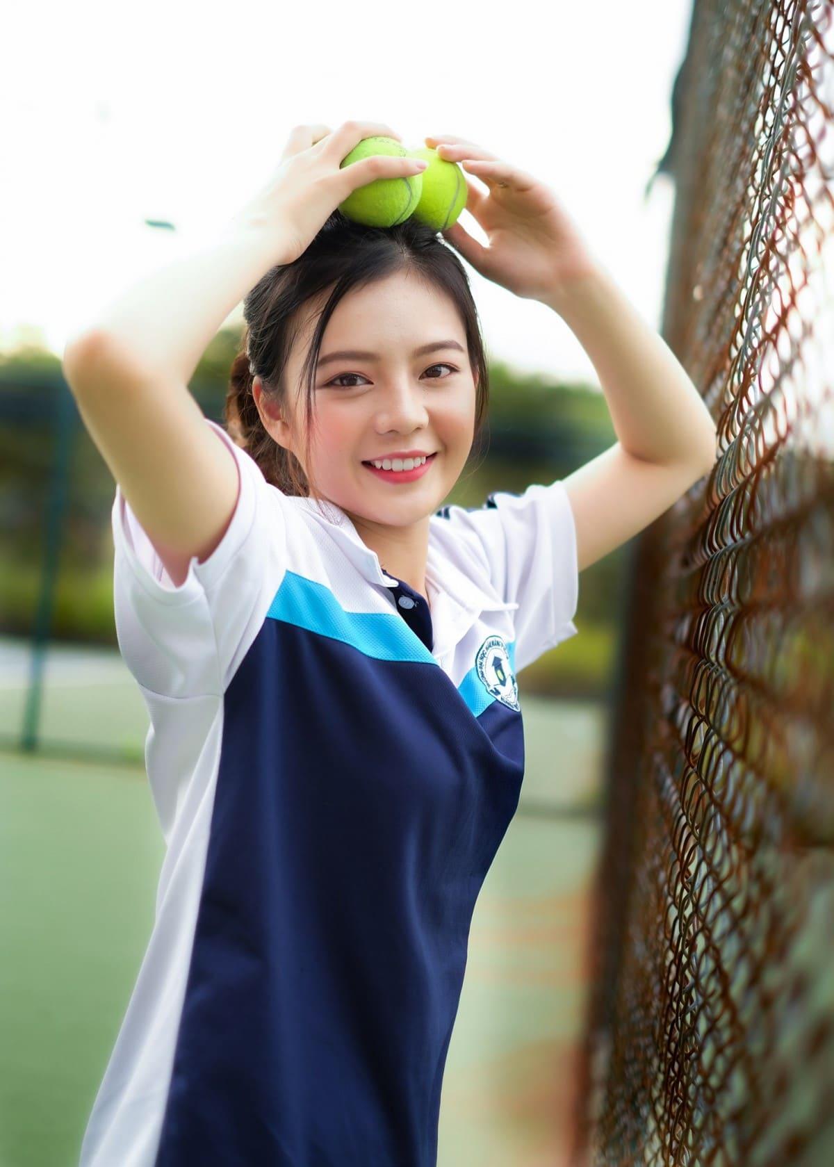 mẫu đồng phục thể thao học sinh đẹp cho nữ