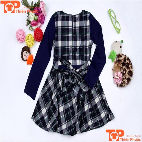 váy đồng phục mầm non sọc caro